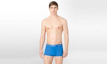 El calzoncillo y el calzoncillo modal del cuerpo de Calvin Klein están justo a tiempo para la primavera